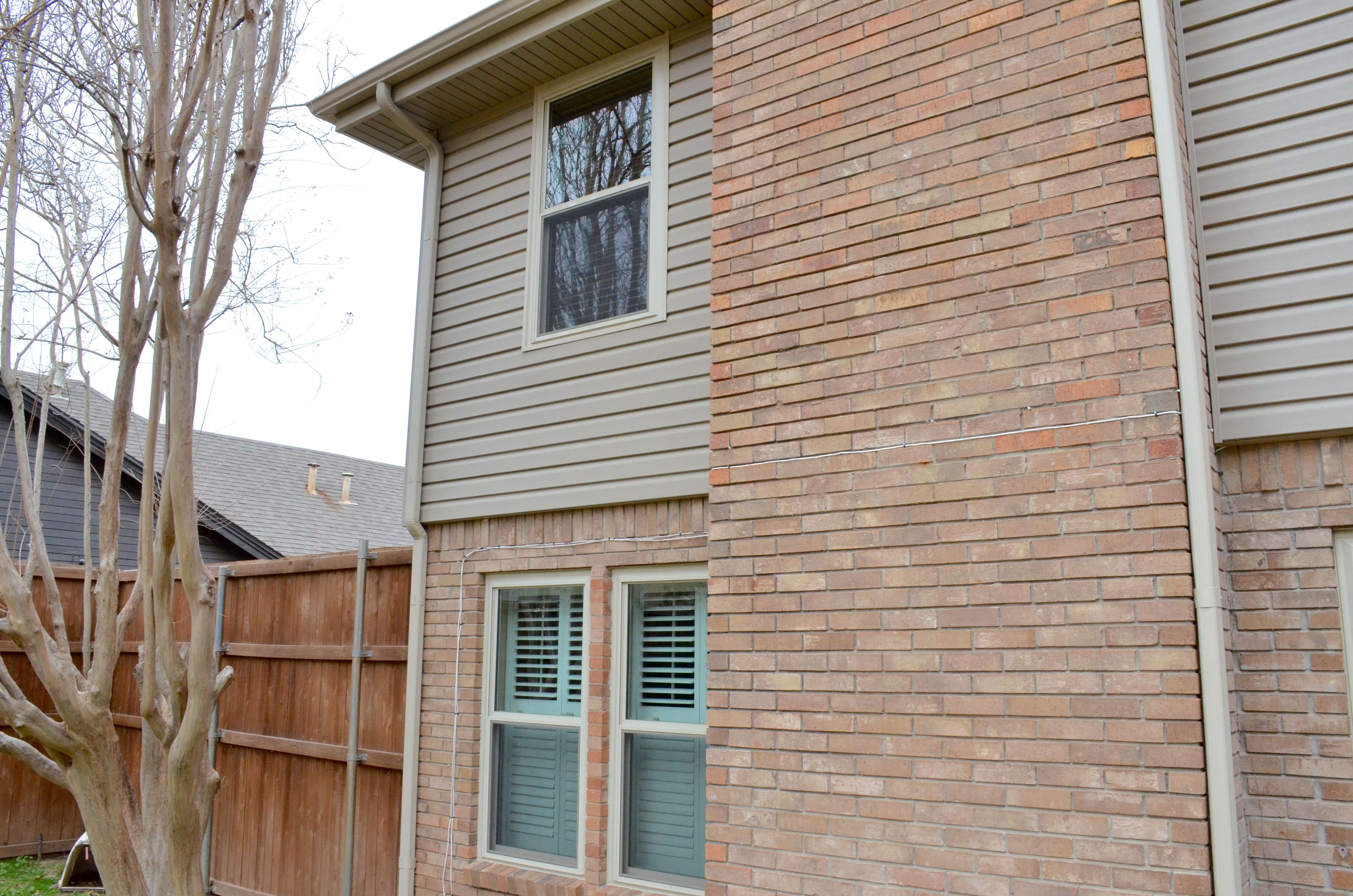 Vinyl siding archives affordable siding windows for Best siding for homes in texas